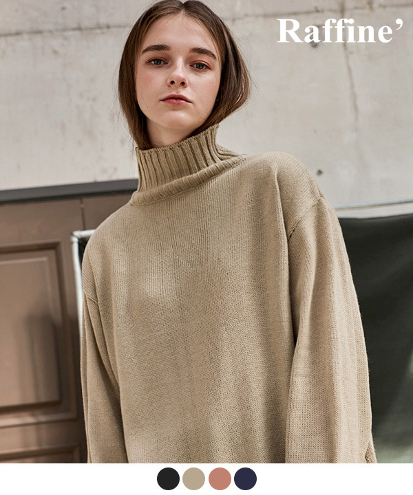 STANDARD TURTLENECK SWEATER